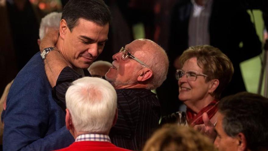 Sánchez mejora pero necesita a los nacionalistas para gobernar, según El País