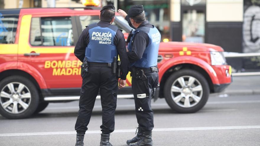 El Ayuntamiento de Madrid estudia inhabilitar a los policías que insultaron a Carmena y a inmigrantes