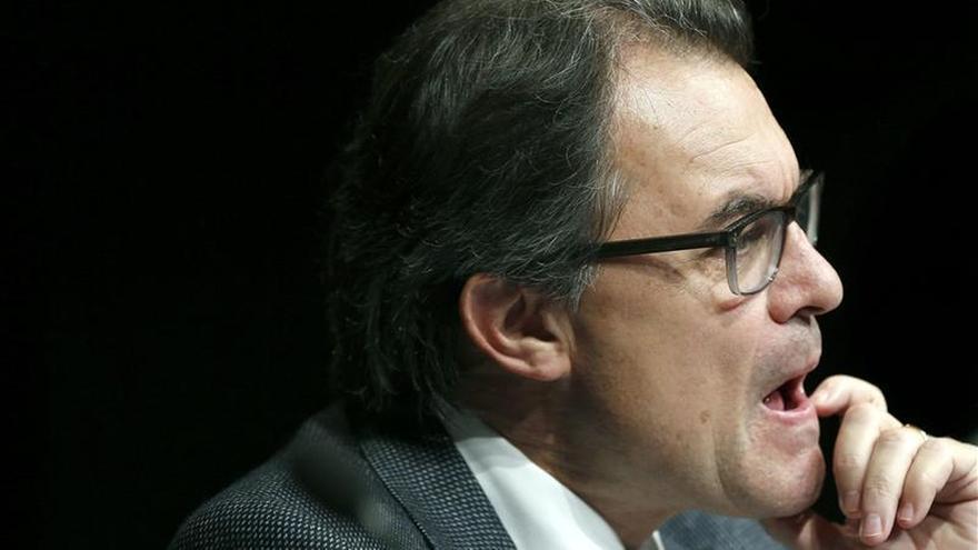 Artur Mas pide actitudes nuevas y primar los intereses colectivos para ser eficaces