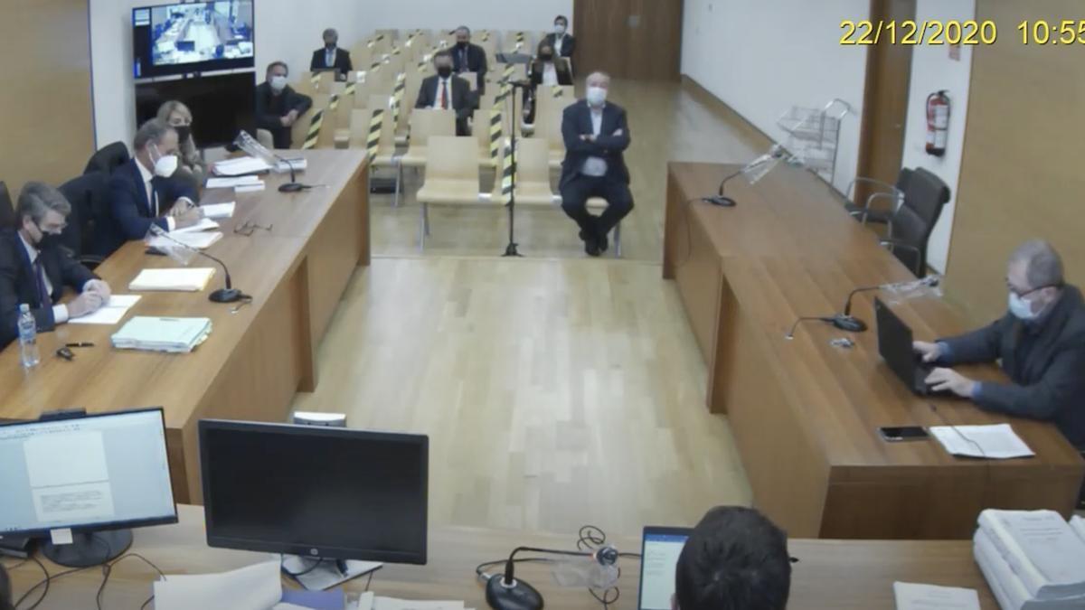 El empresario Fernando Roig durante su declaración ante el juez instructor.