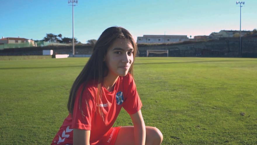 Elena Ramos, jugadora del CD Tenerife sénior femenino.