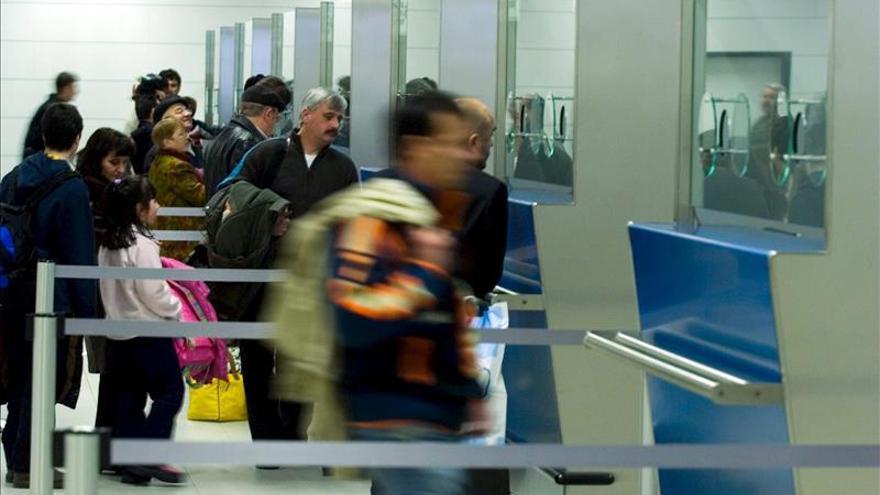 Cerrada una parte del aeropuerto de Sofía por una posible bomba en una camioneta