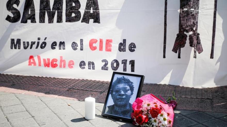 El médico juzgado por la muerte de una migrante en CIE: Creía que tenía gripe