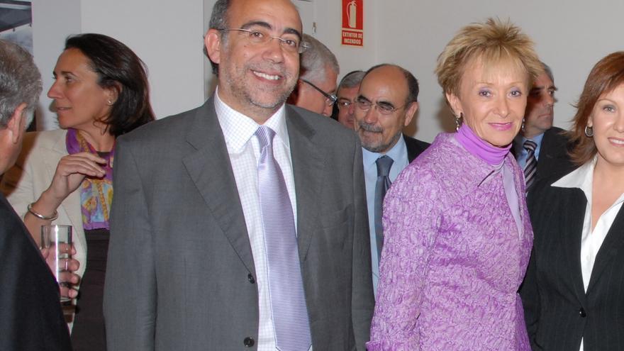 Pepe Crespo, socio de la empresa Crespo Gomar, junto a la exvicepresidenta socialista María Teresa Fernández de la Vega