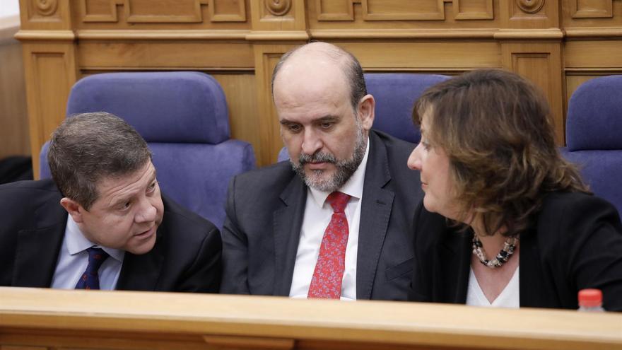 Page, Guijarro y Patricia Franco en las Cortes de Castilla-La Mancha