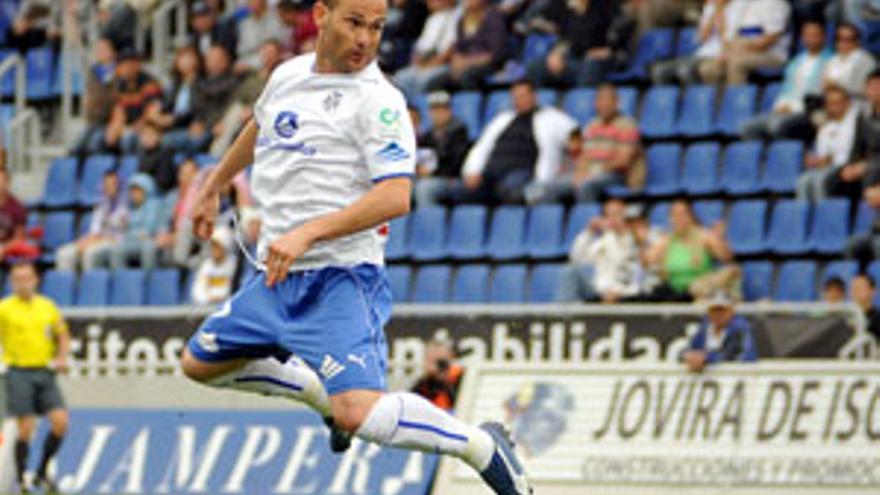 Nino espera convertirse en el primer goleador del Tenerife a domicilio. (CANARIAS AHORA)