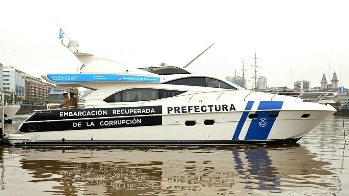 El yate de Ricardo Jaime recuperado y entregado a Prefectura Naval Argentina