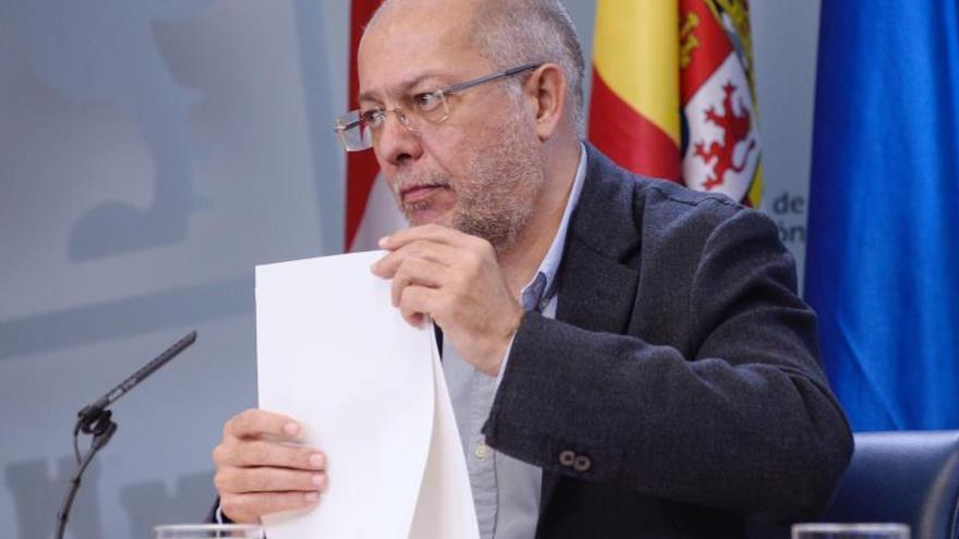 Igea se pregunta dónde está el programa que Cs llevará en el pacto con el PP vasco