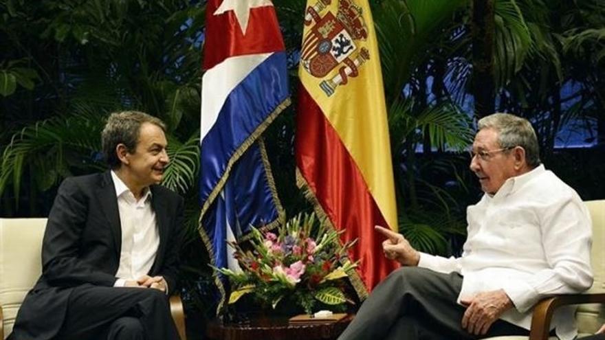 """Zapatero defiende que su visita a Cuba pretende """"sumar"""""""