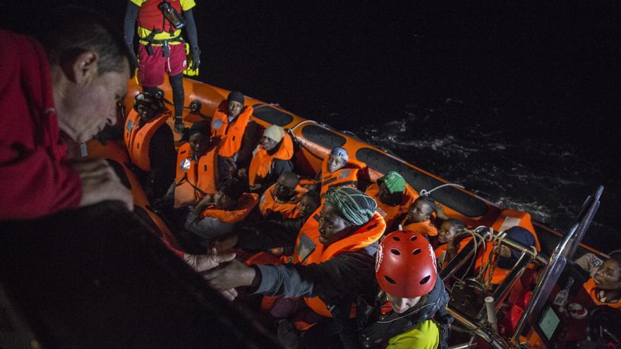Personas rescatadas por la ONG Proactiva Open Arms