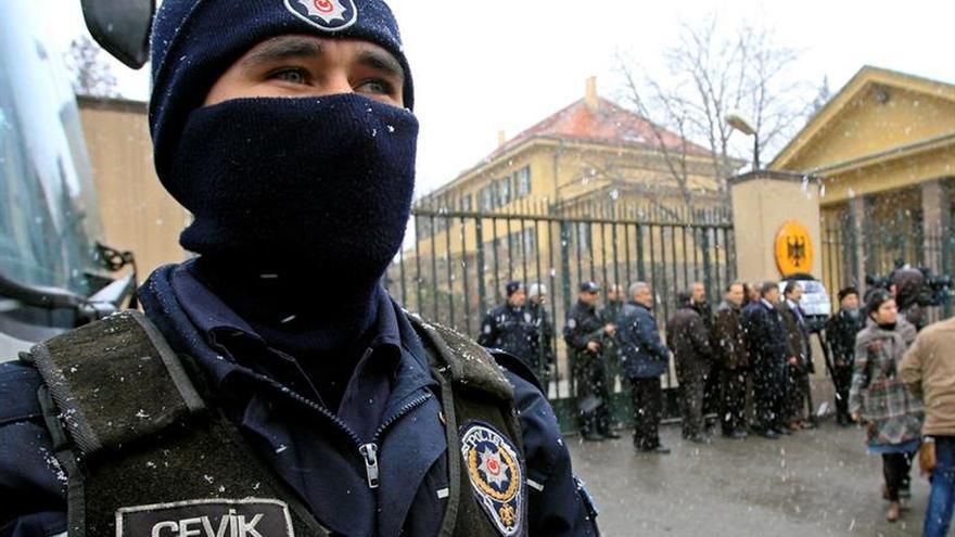 Detienen a 4 sospechosos de planificar atentados contra embajadas en Turquía