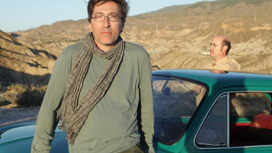 David Trueba en el rodaje de Vivir es fácil con los ojos cerrados