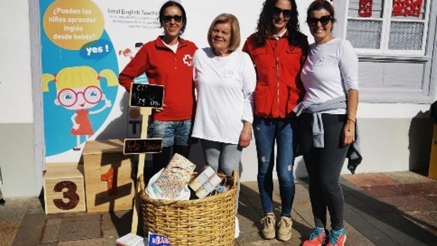 Campaña navideña de Cruz Roja.