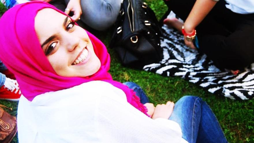 Laila, de 18 años, nació en España y siente que la discriminación racial ha aumentado.