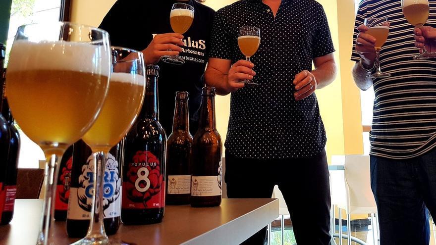 Los cántabros consumen de media más de seis cervezas a la semana