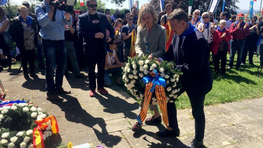 Ximo Puig y Gabriela Bravo en el acto de homenaje celebrado en Mauthausen