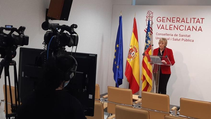 La consellera de Sanitat, Ana Barceló, en rueda de prensa.