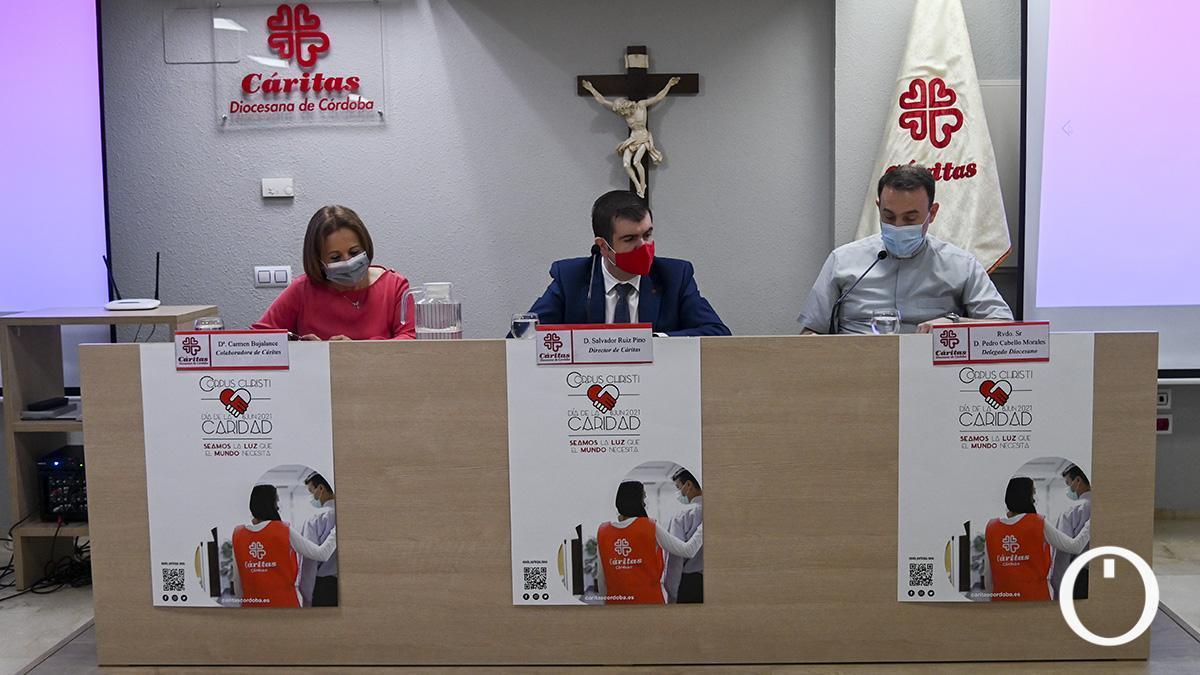Responsables de Cáritas presentando el balance asistencial del año 2020