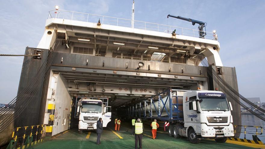 El Puerto de Santander, el mejor valorado de España por las empresas automovilísticas