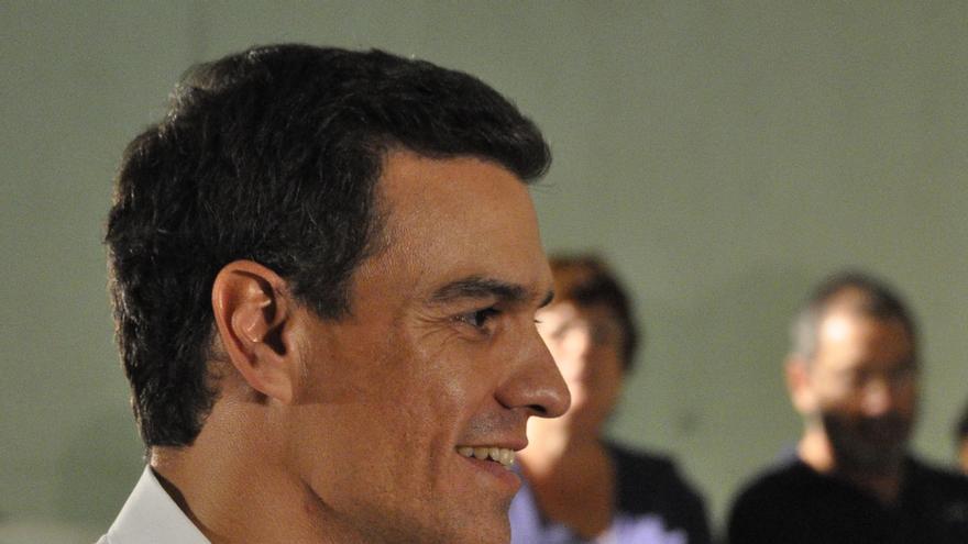 """Pedro Sánchez pide """"sensatez"""" a Mas para cumplir con la legalidad y """"valentía"""" a Rajoy para """"ejercer el liderazgo"""""""