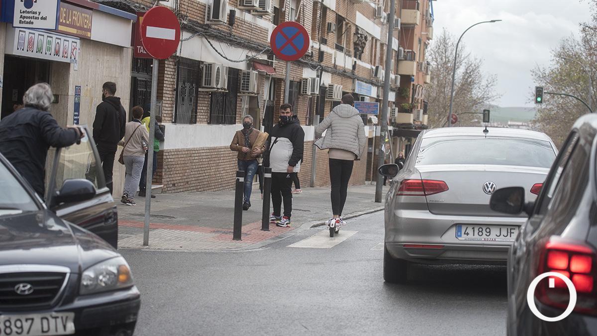 Paso de peatones de la calle Arcos de la Frontera donde ocurrió el atropello