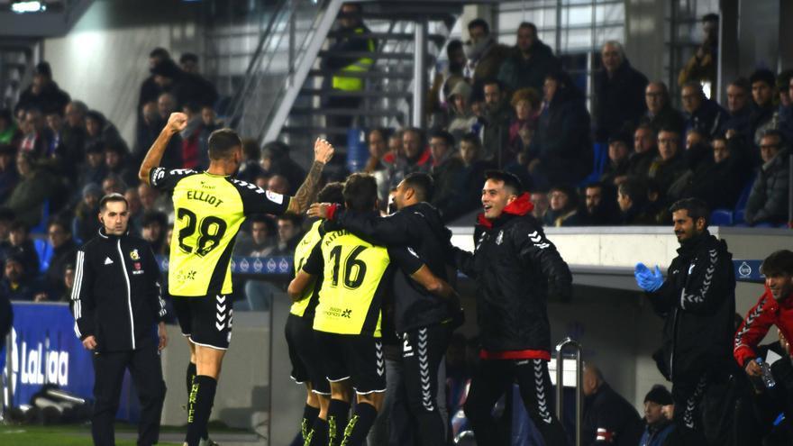 La alegría por el gol les duró poco a los blanquiazules.