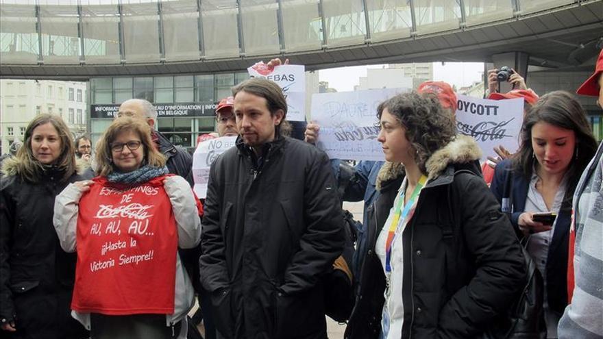 Afectados del ERE de Coca-Cola reivindican sus puestos de trabajo en Bruselas