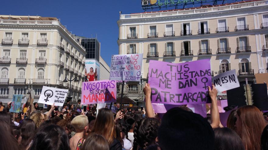 Algunas manifestantes en la Puerta del Sol de Madrid / Laura Galaup