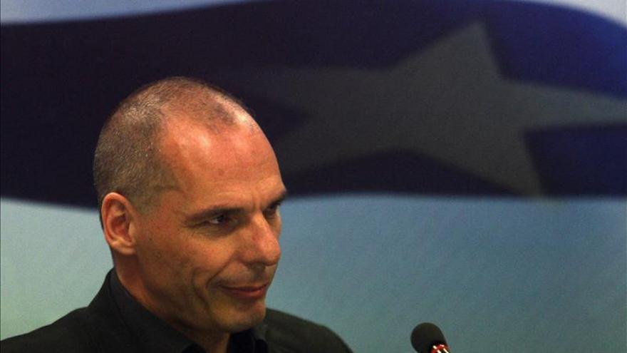 Varufakis: la primavera de Grecia, aplastada no por tanques sino por bancos