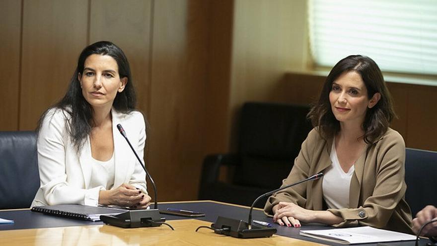 Ayuso y Monasterio durante sus negociaciones en la Comunidad de Madrid.