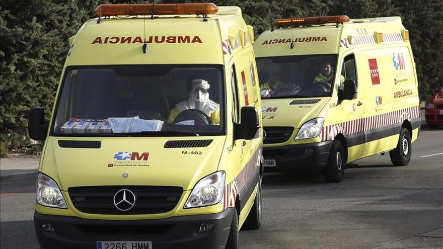Llega al Carlos III la médico cooperante española con riesgo de ébola