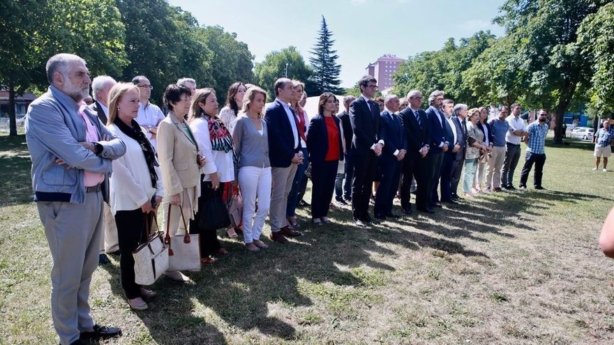 Todos los partidos políticos de Vitoria rinden homenaje a Miguel Ángel Blanco
