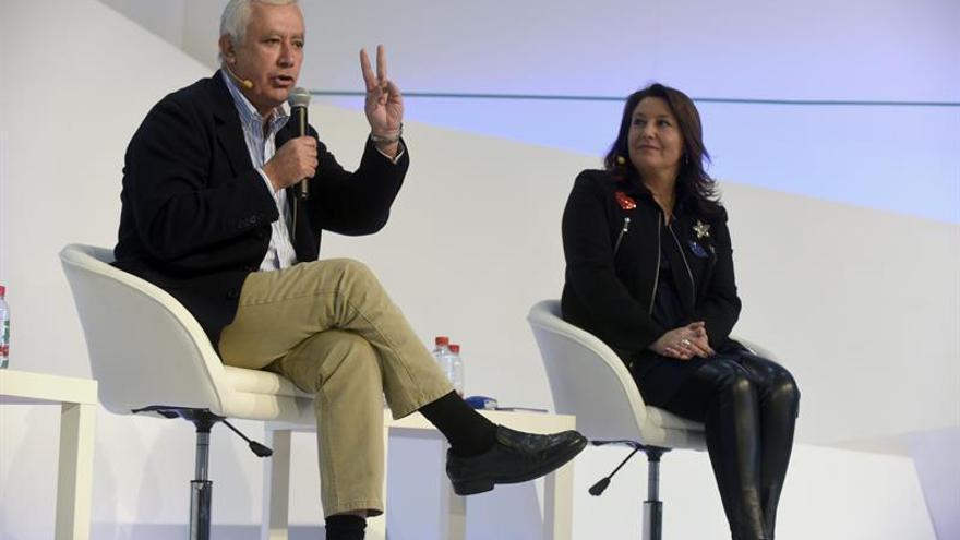 Arenas pide a Puigdemont y Urkullu que se sumen a los pactos de la Conferencia de Presidentes
