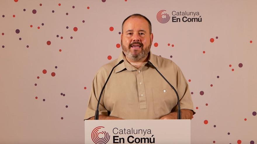 Archivo - El portavoz de los comuns y diputado en el Congreso, Joan Mena, en rueda de prensa