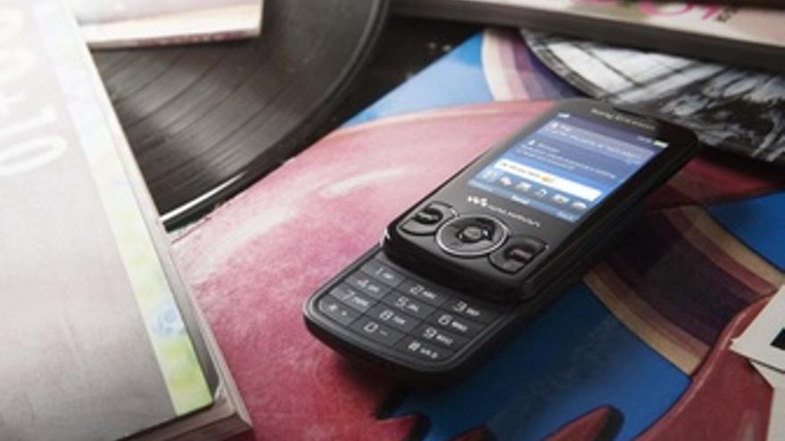 Móvil reproductor de música Walkman de Sony Spiro