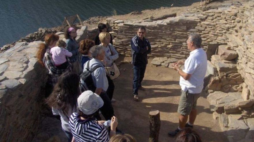 Peñalosa: una ruta en piragua hacia un lugar mítico en el Rumblar