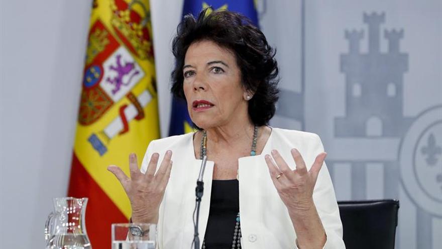 Celaá valora los datos del CIS pero dice que Sánchez trabaja sobre base del 28-A