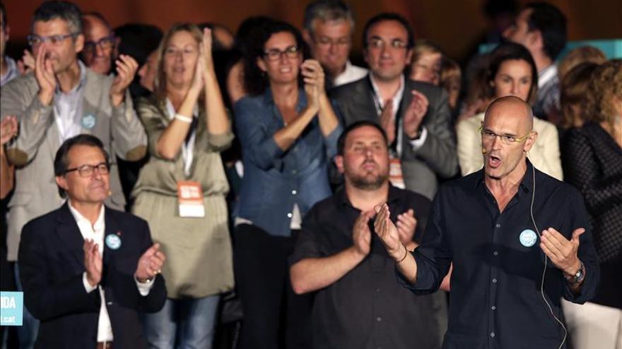 Partidos cierran la campaña catalana con llamadas a participación y voto útil