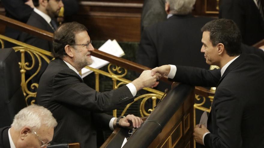 """Sánchez echa de menos un cara a cara con Rajoy: Los dos candidatos con """"opciones a presidir"""" el país deben debatir"""