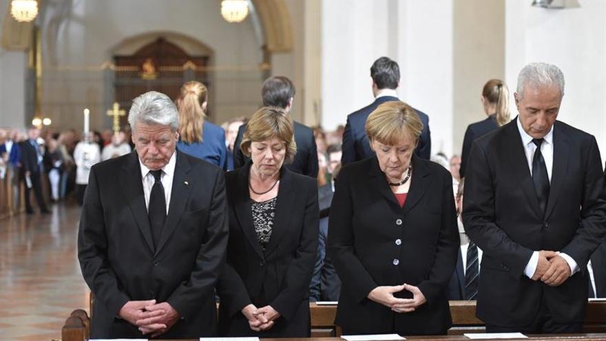 La clase política alemana y bávara recuerdan a las víctimas del tiroteo en Múnich
