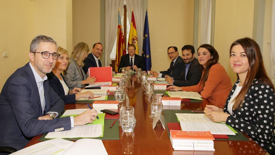 El pleno del Consell reunido en Alicante.
