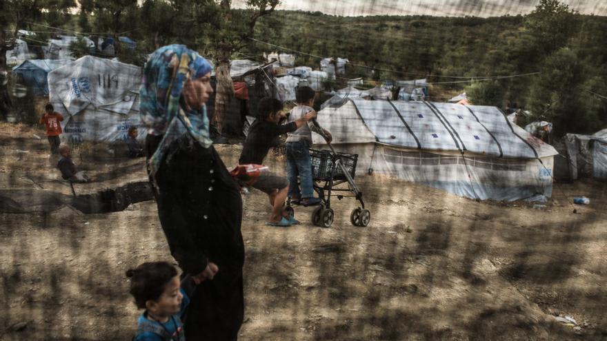 Imagen de archivo. Una refugiada en el centro de detención de Moria.