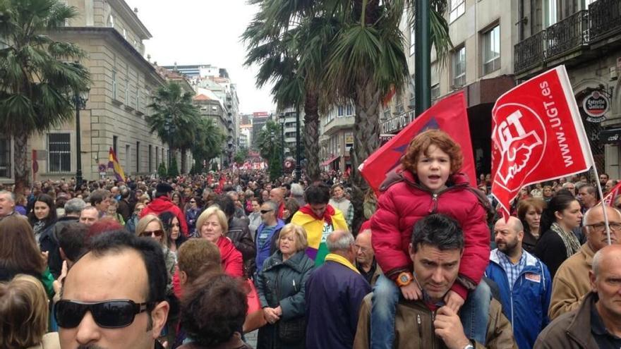 Manifestación de CC.OO. y UGT en Vigo