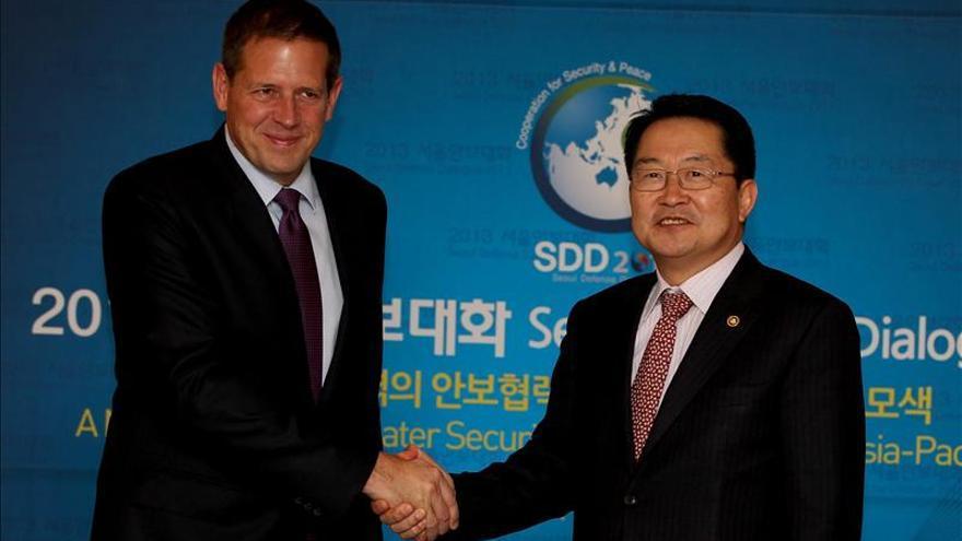 Representantes de Defensa de 26 países abordan en Seúl las amenazas globales