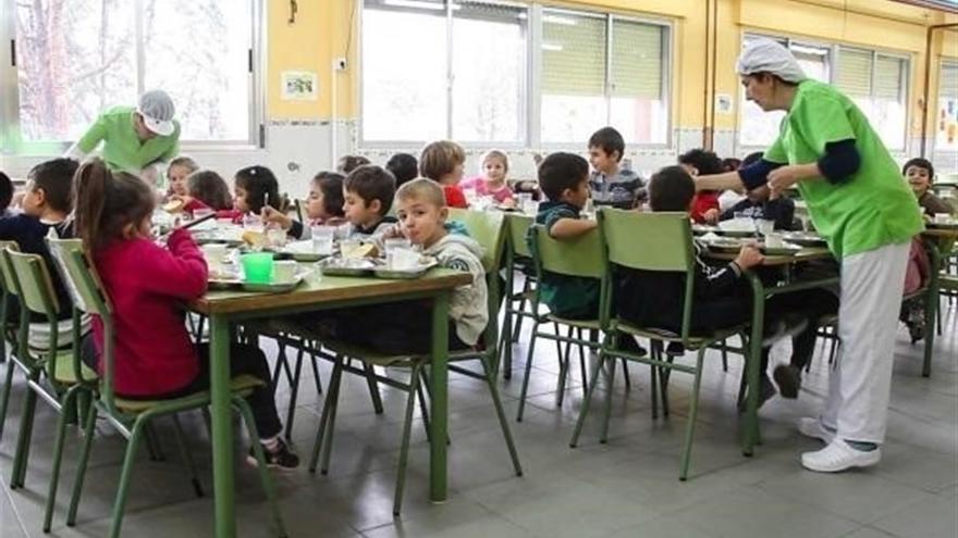 El pr ximo curso escolar habr m s ayudas de comedor for Curso cocinero comedor escolar