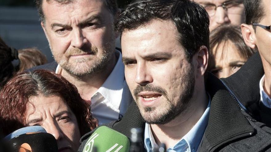 IU pide a la Junta Electoral que suspenda los debates a los que no va Garzón