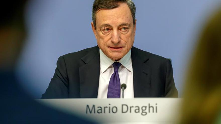 Draghi: La información disponible continúa siendo más débil de lo esperado
