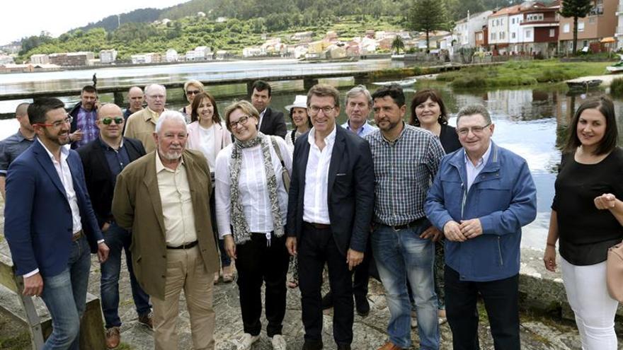 """Feijóo pide el voto para Rajoy porque es """"garantía"""" de gobierno"""