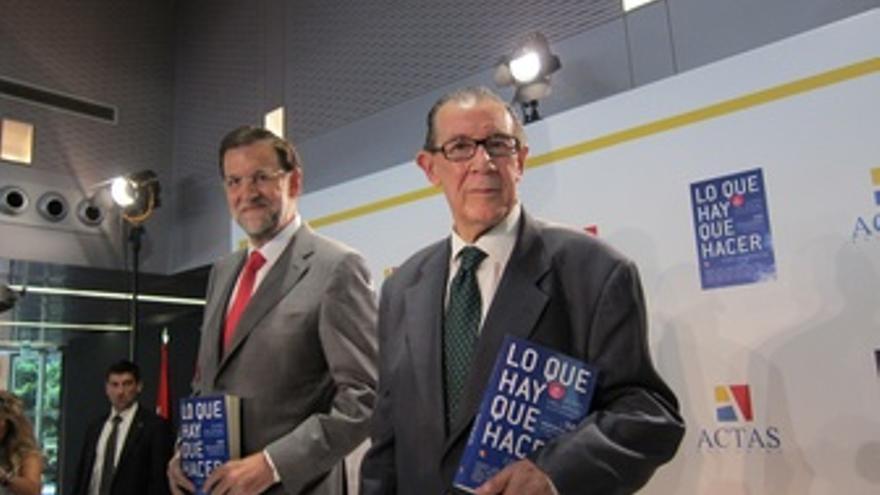 Rajoy Con Juan Velarde