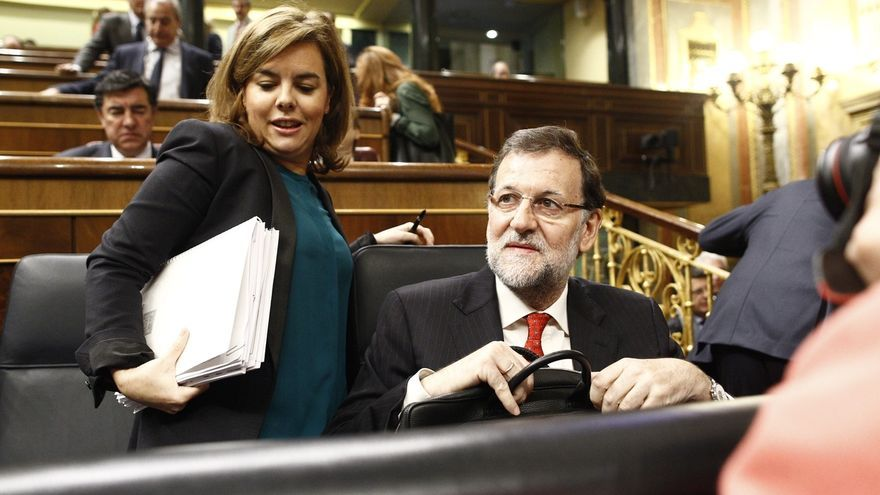 Soraya Sáenz de Santamaría y Mariano Rajoy, en el Parlamento.